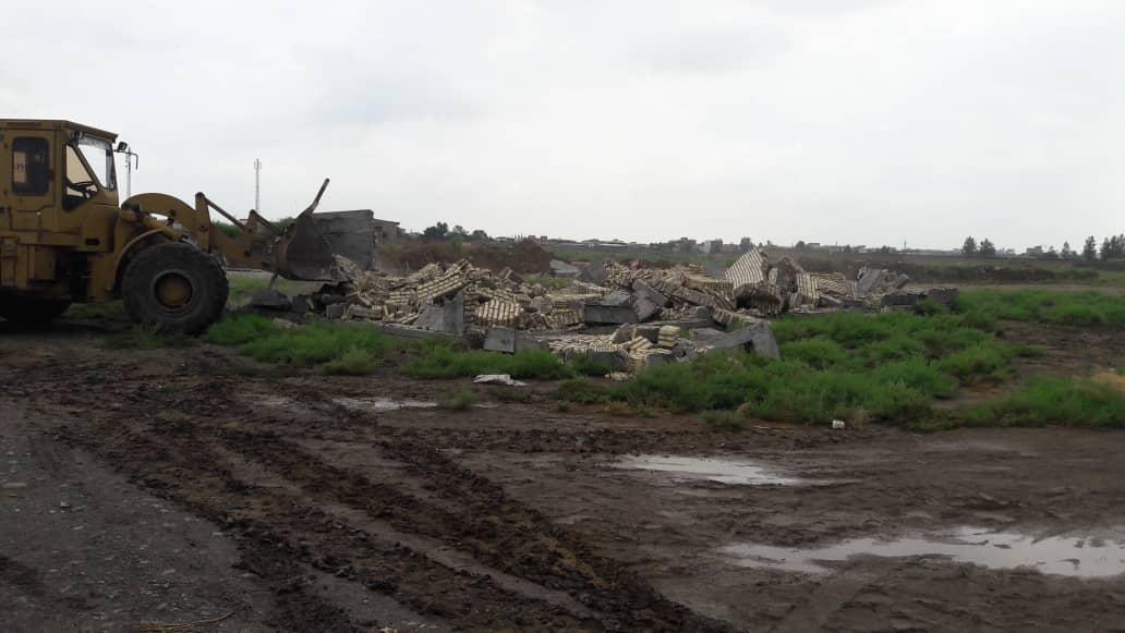 ادامه آزاد سازی سراسری حریم و بستر رودخانه گرگانرود در شهرستان آق قلا